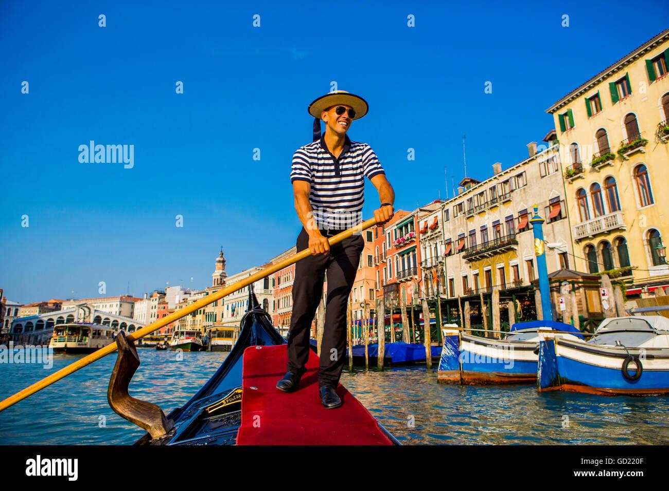 Gondolier in Venice, UNESCO World Heritage Site, Veneto, Italy, Europe - Stock Image