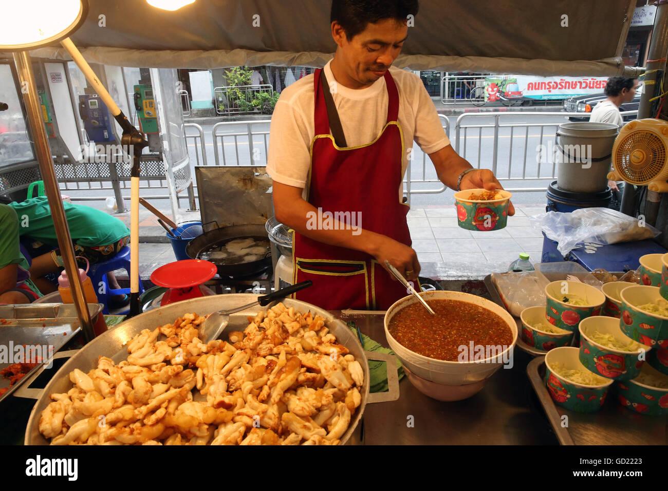 Fried squid, Bangkok Food Market, Bangkok, Thailand, Southeast Asia, Asia - Stock Image