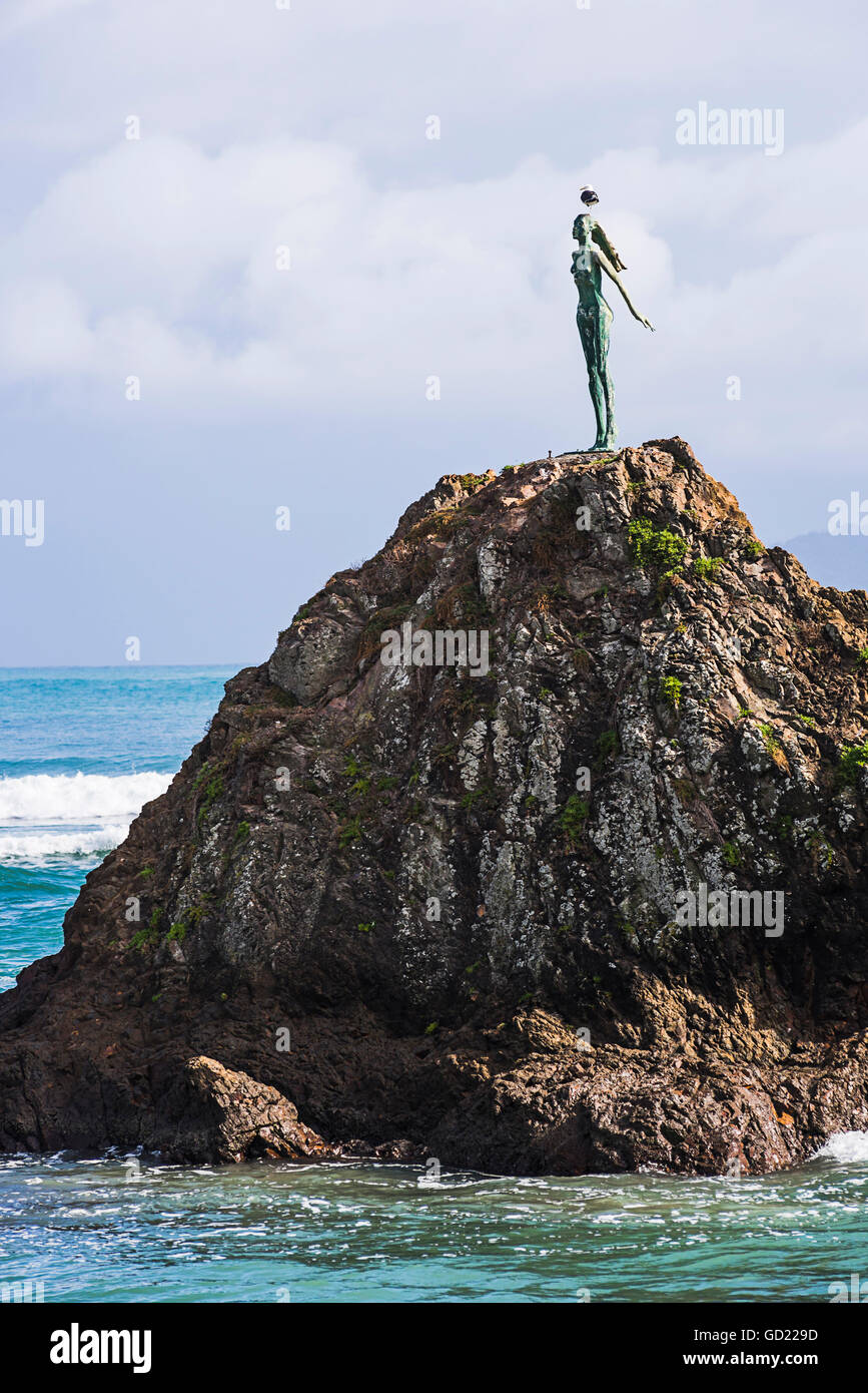 The Lady on the Rock sculpture remembering the Maori women of Mataatua, Whakatane Bay, Bay of Plenty, North Island, - Stock Image