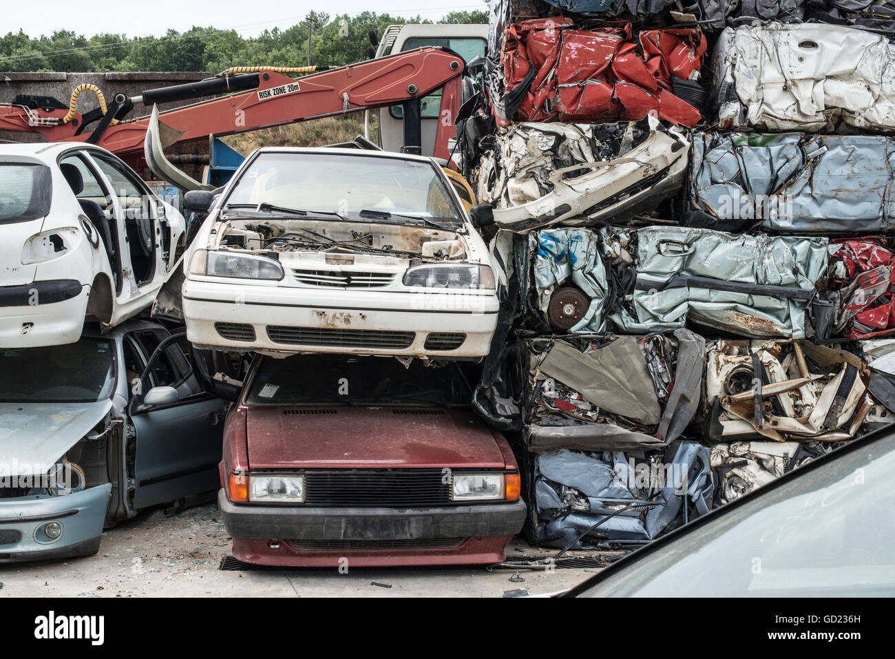 Baled scrap cars in depot for old cars Stock Photo: 111299177 - Alamy