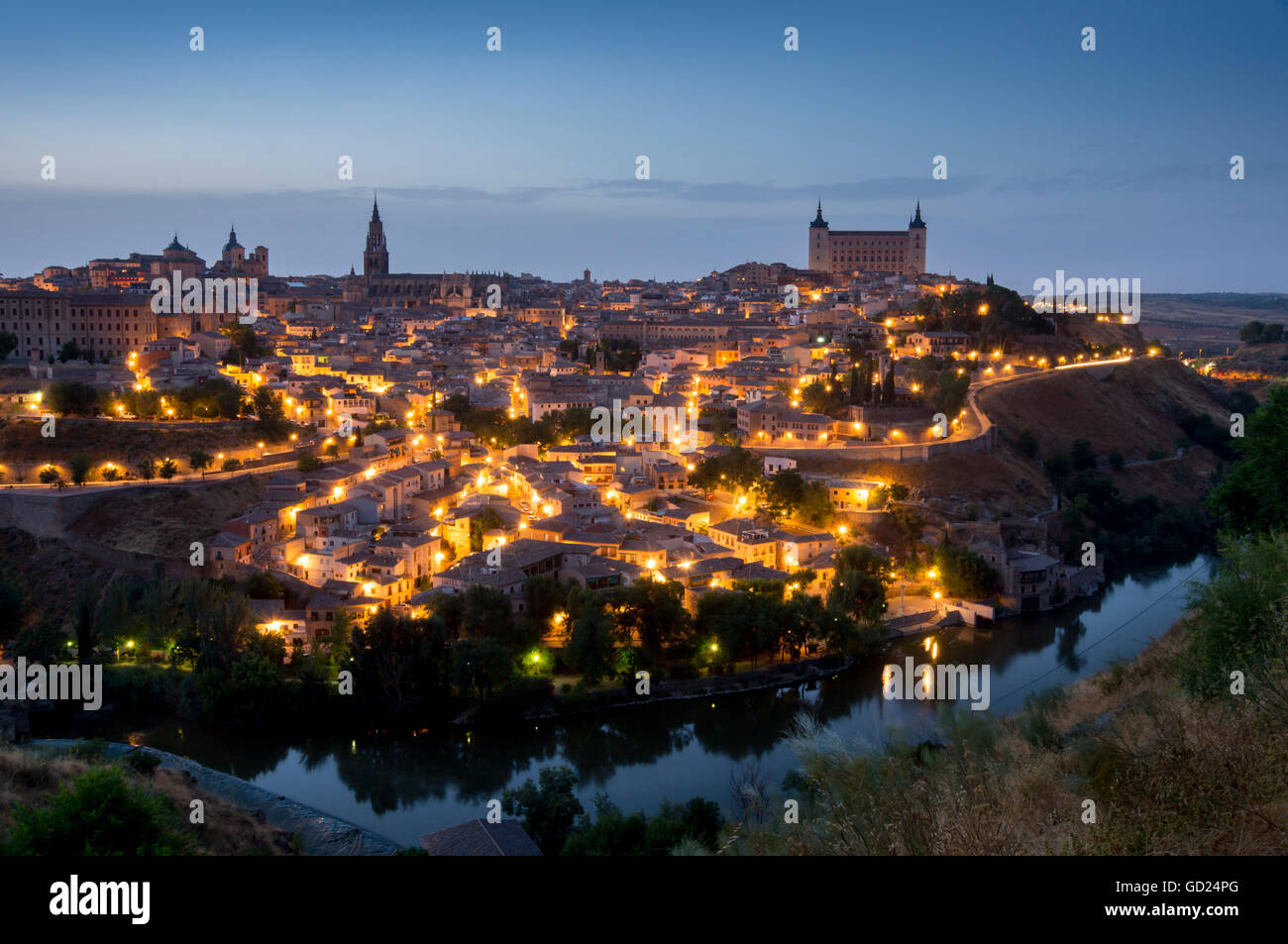 Cityscape at dusk, Toledo, Castile-La Mancha, Spain, Europe - Stock Image