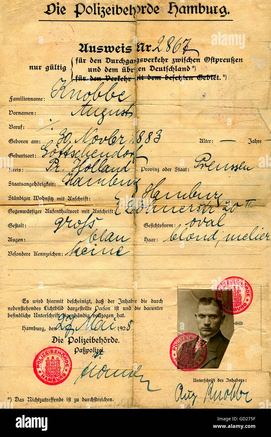 documents, pass, issued at the 27. 05. 1928 by the police of Hamburg, to pass the Polish corridor between the German - Stock Image