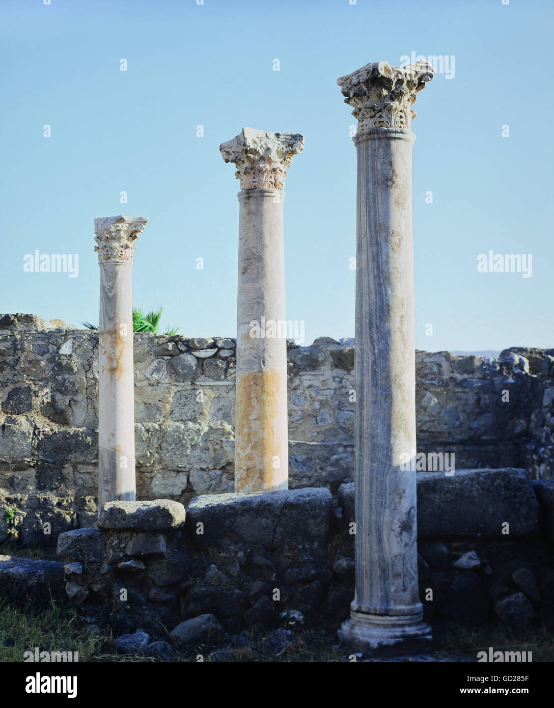 geography / travel, Greece, Delos, buildings, House of the Trident, pillar file, built: 2nd century BC, Additional - Stock Image