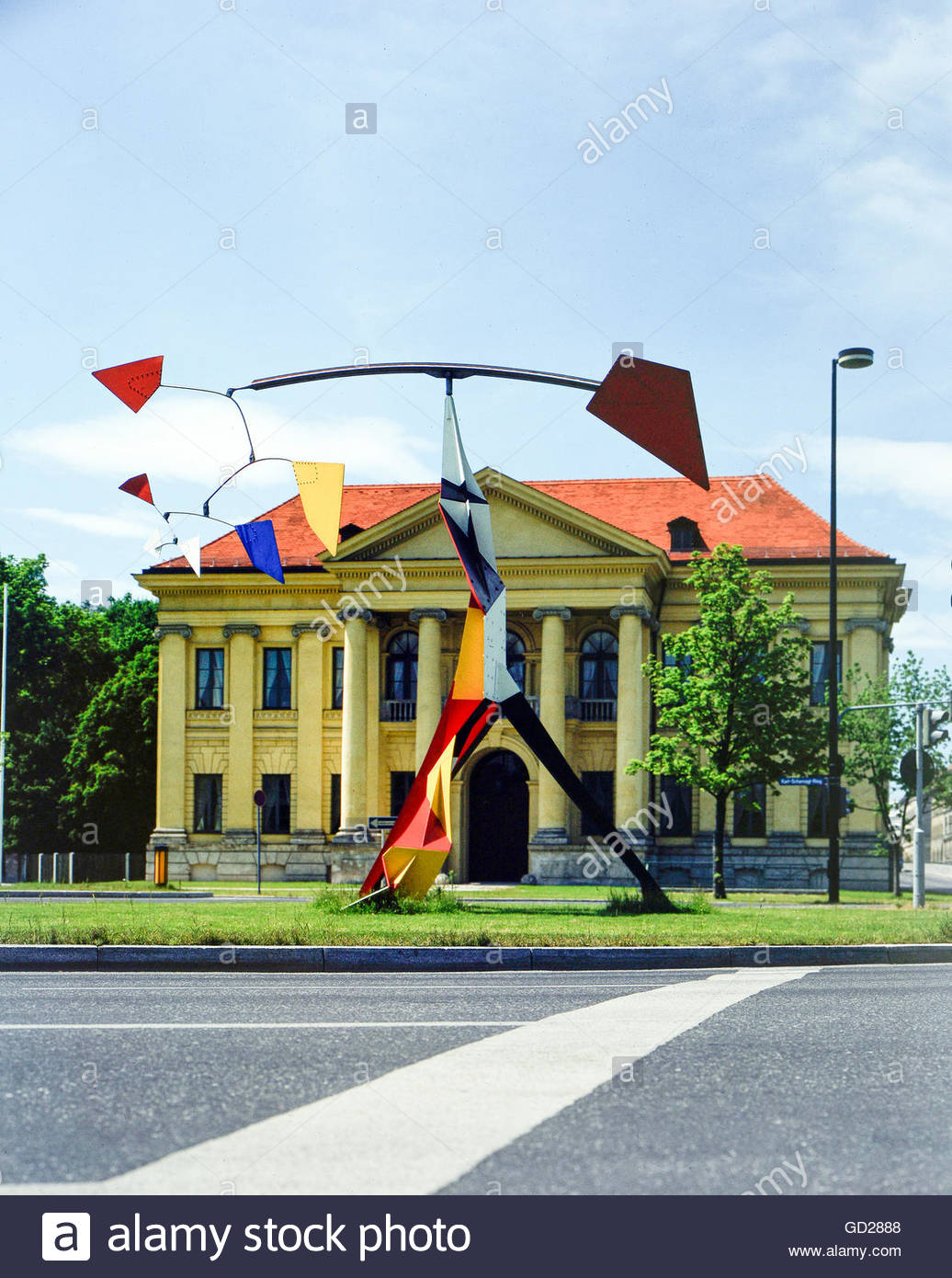 fine arts, Calder, Alexander (1898 - 1976), sculpture, Big colourful painted iron sculpture, installed in 1975 in - Stock Image