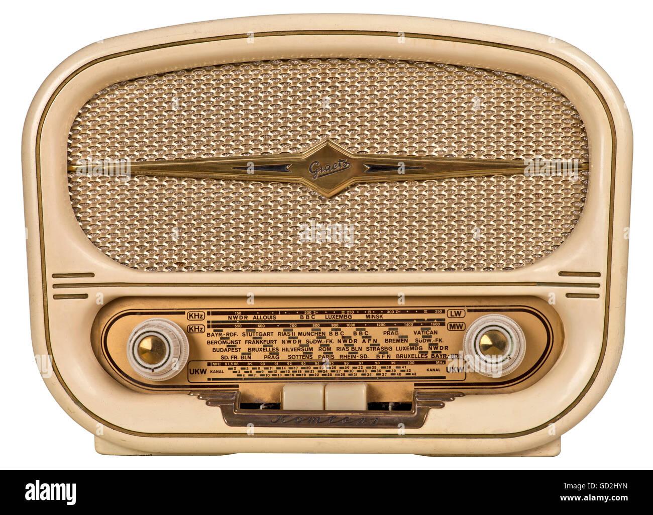 broadcast, radio, Graetz Komtess 214, small tube radio, dimensions: 31x23 centimeter, Vollsuper, 6 tube, three wave - Stock Image