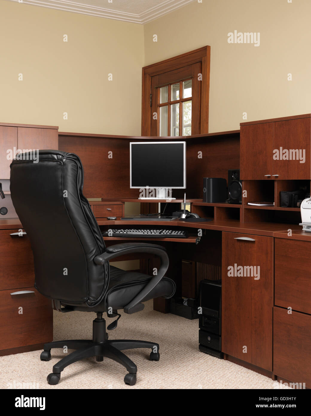 Home office computer desk - Stock Image