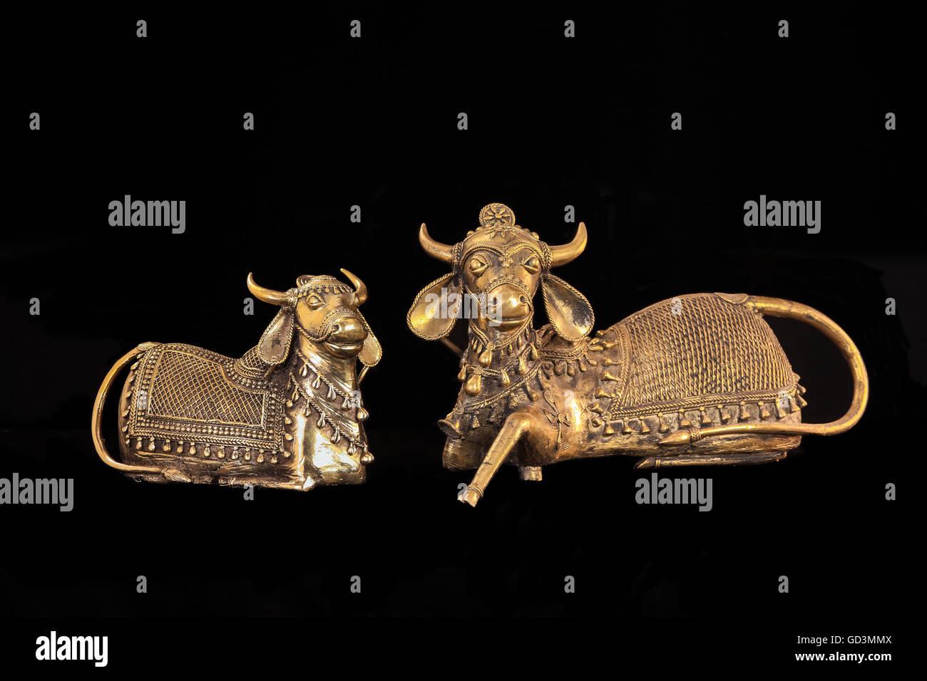 Bulls figurines, bastar, chhattisgarh, india, asia - Stock Image