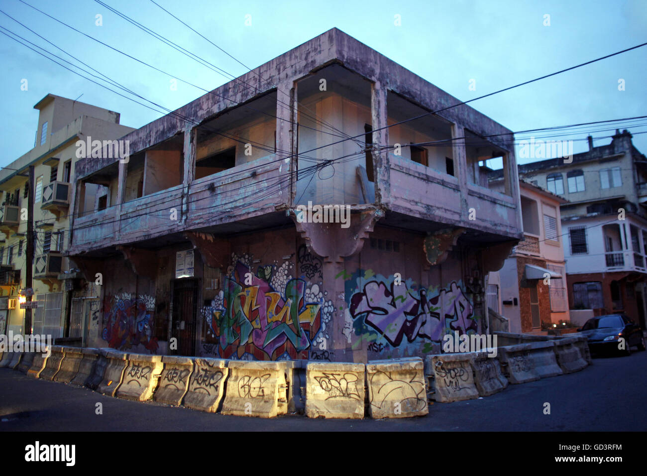 San Juan, Puerto Rico. 21st Sep, 2014. An abandoned building declared public nuisance sits waiting to be demolished - Stock Image