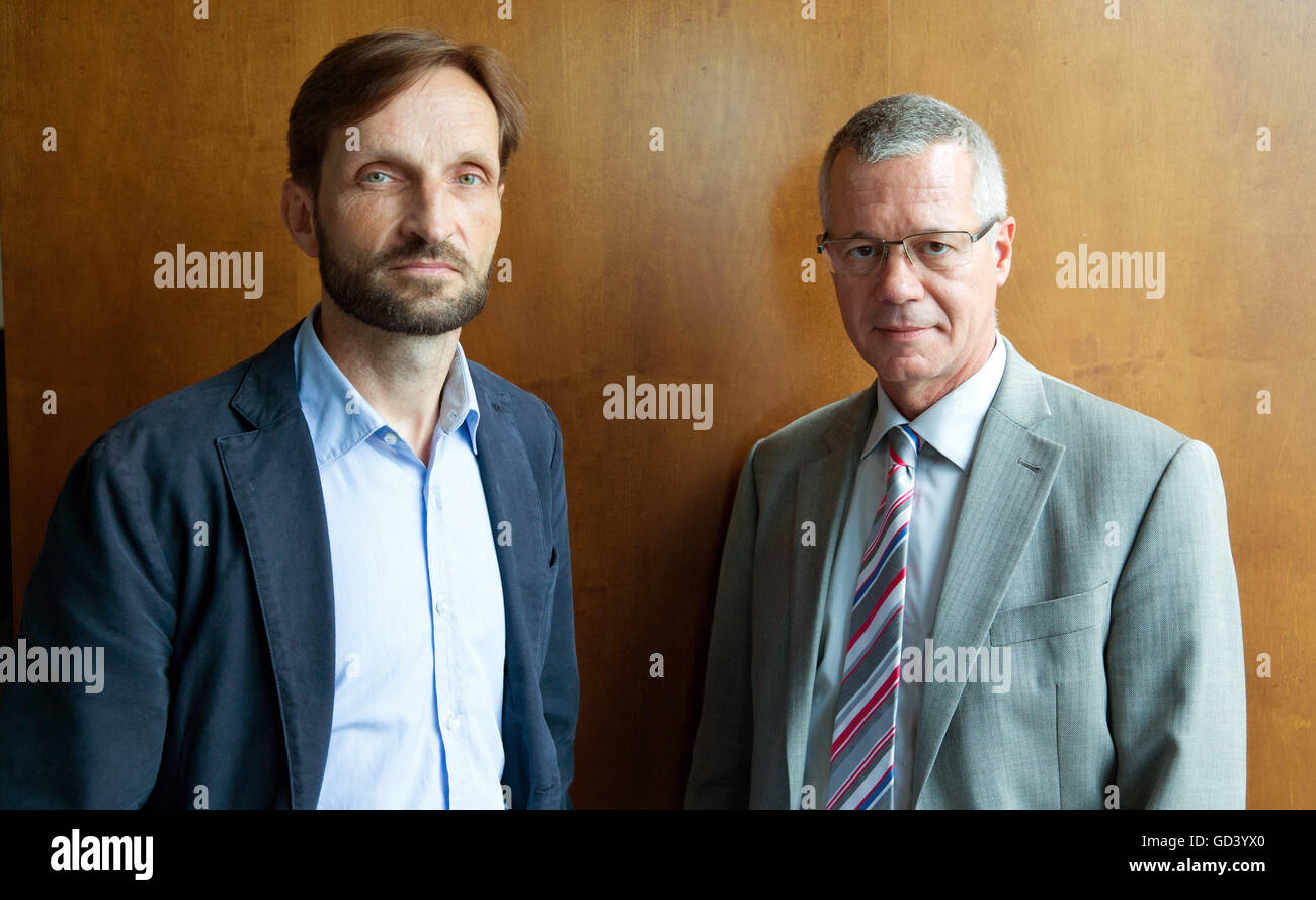 Journalist Christian H. Schulz (l) and Rainald Becker, new editor-in-chief of the public service broadcaster ARD, - Stock Image