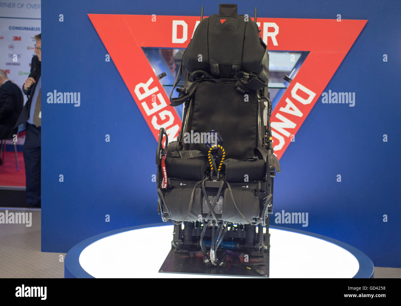 Farnborough, Hampshire UK. 12th July 2016. Martin Baker ejector seat for the Lockheed Martin F-35 Joint Strike Fighter. - Stock Image