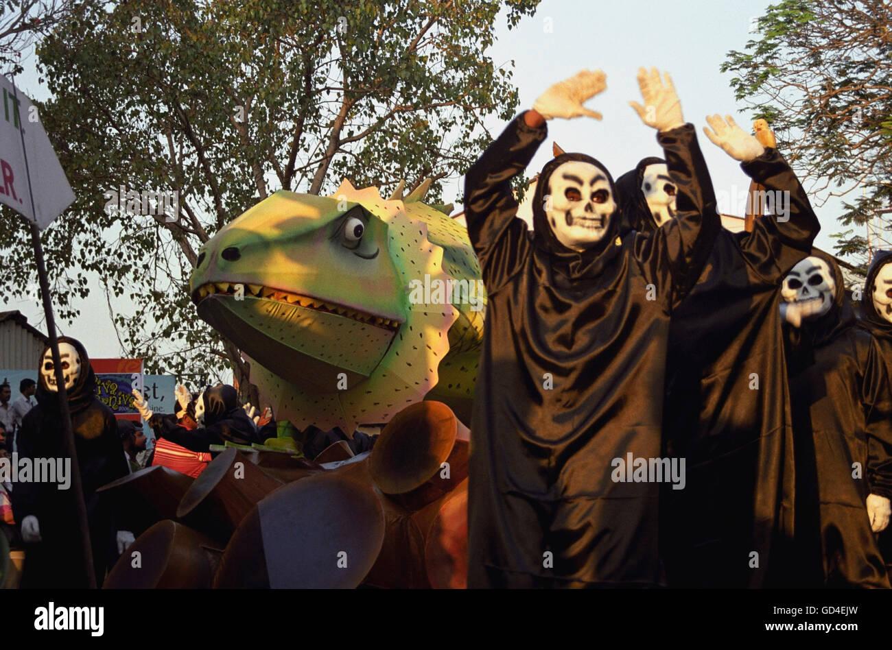 Artistes performing at the carnival - Stock Image