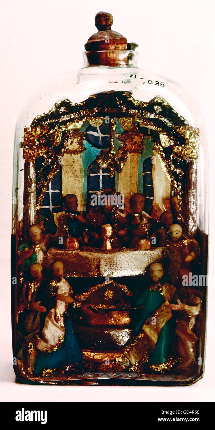 fine arts, folk art, impossible bottle with scene of the Last Supper, glass, Switzerland, 19th century, Swiss museum - Stock Image