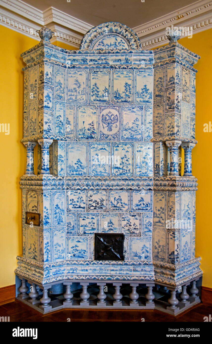 fine arts, ceramic, tiled stove, in the Kadriorg Palace of Peter the Great, Tallinn, Estonia, Artist's Copyright - Stock Image