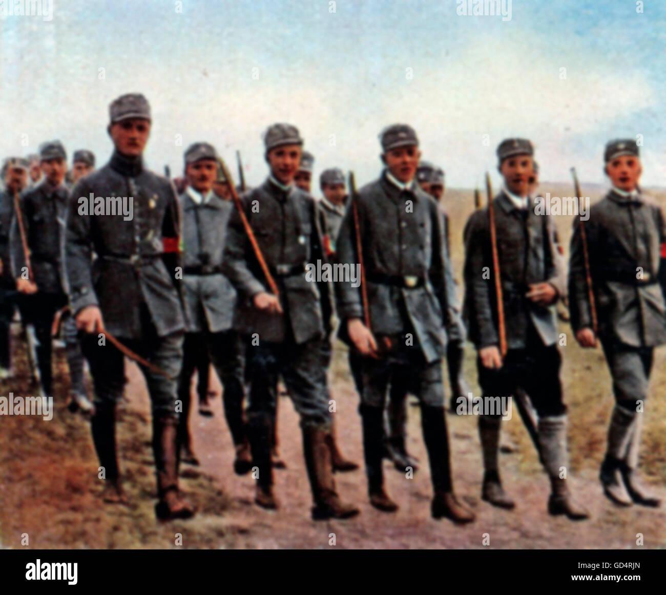 Nazism / National Socialism, organisations, storm battalions (Sturmabteilung, SA), parade, November 1921, coloured - Stock Image