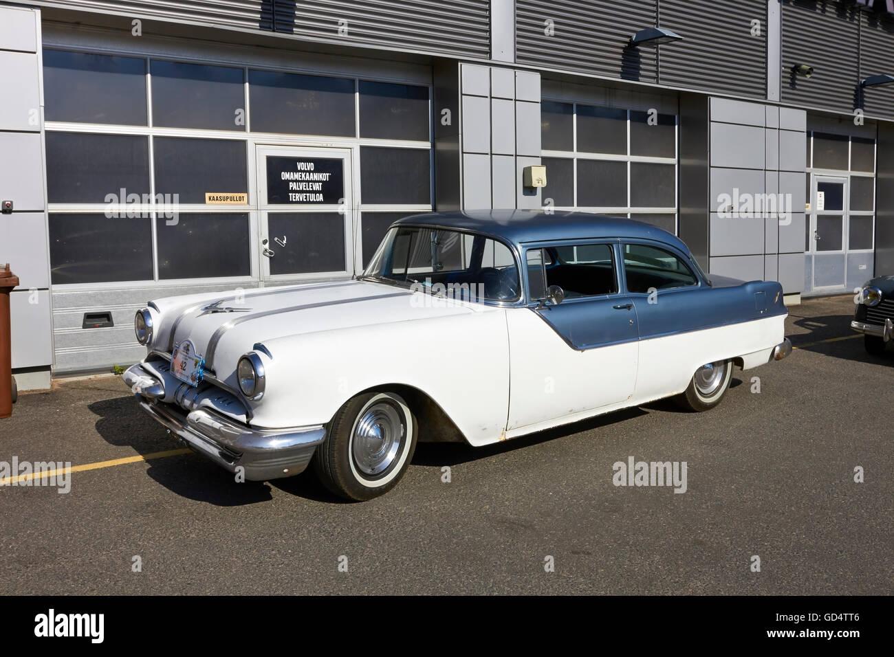 1955 Pontiac Chieftain 2D - Stock Image