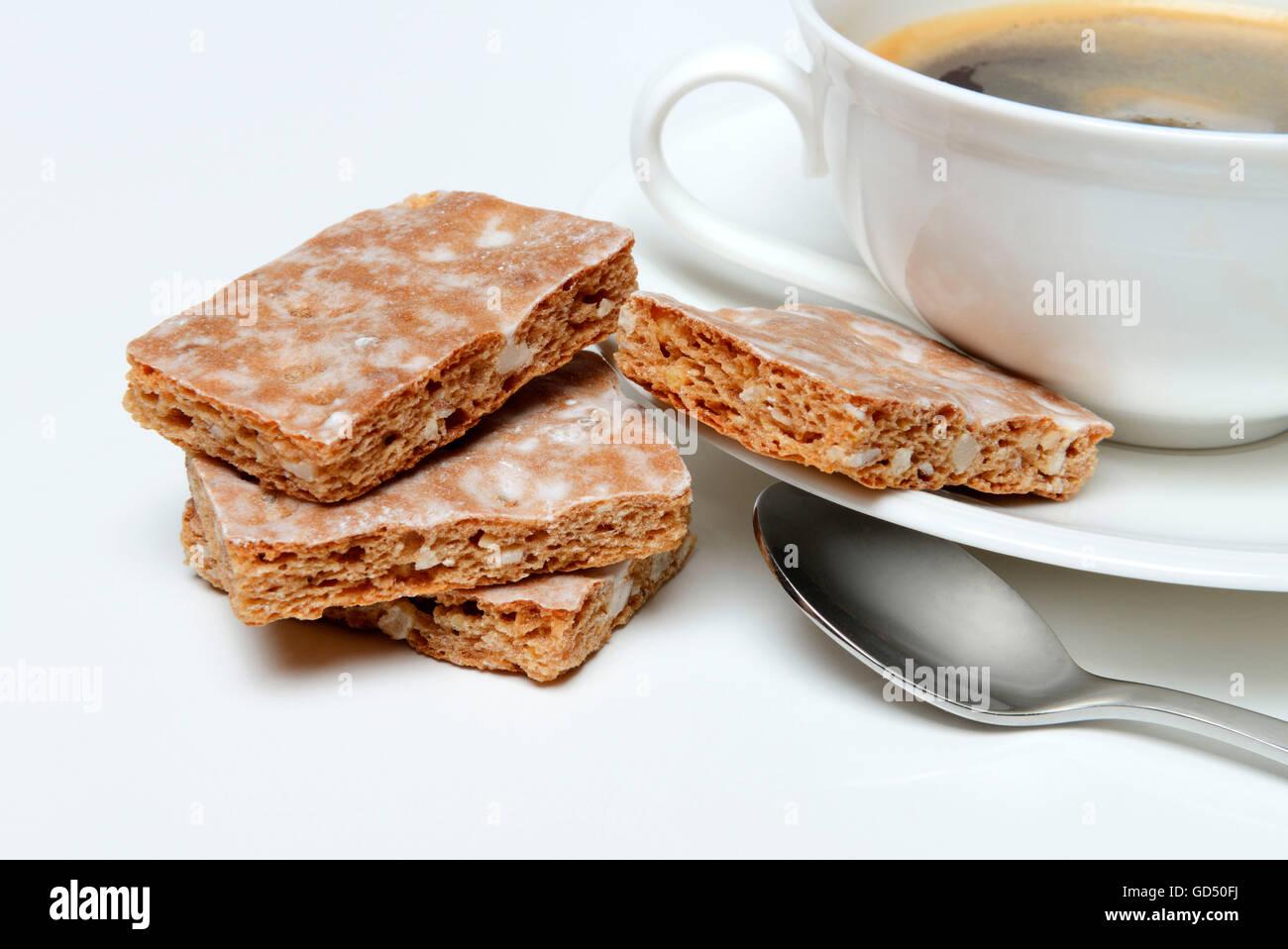Basler Leckerli, Basler Leckerli mit Tasse Kaffee, Lackerli Stock ...