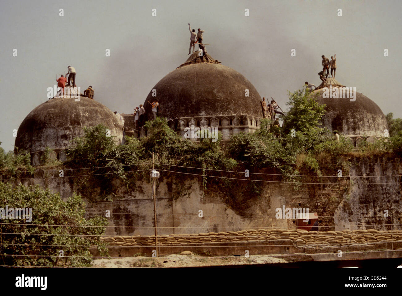 Babri Masjid High Resolution Stock Photography And Images Alamy