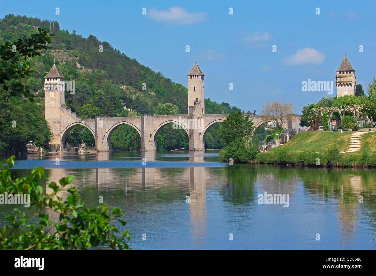 Cahors, Valentre bridge, Pont Valentre, Lot River, Lot departament, Quercy, Via Podiensis, Way of St, James, Camino - Stock Image