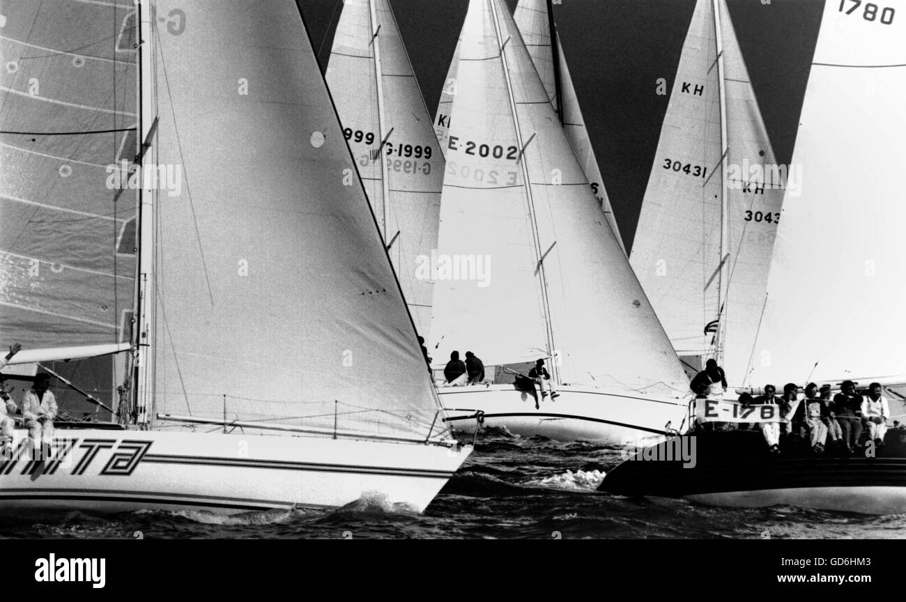 AJAXNETPHPOTO. 30TH JULY,1981. SOLENT, ENGLAND. - ADMIRAL'S CUP - START OF 2ND RACE. POTITOS (SP) HEADING A - Stock Image