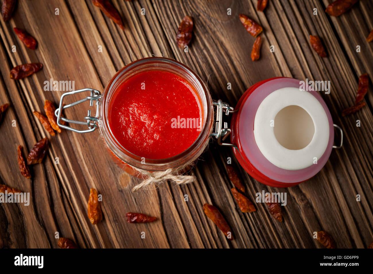 Natural diy chilli sauce sriracha - Stock Image