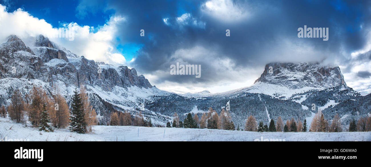 Landscape on the Sella Group and Sassolungo seen from the street of the Sella Pass- Dolomiti, Trentino-Alto Adige Stock Photo