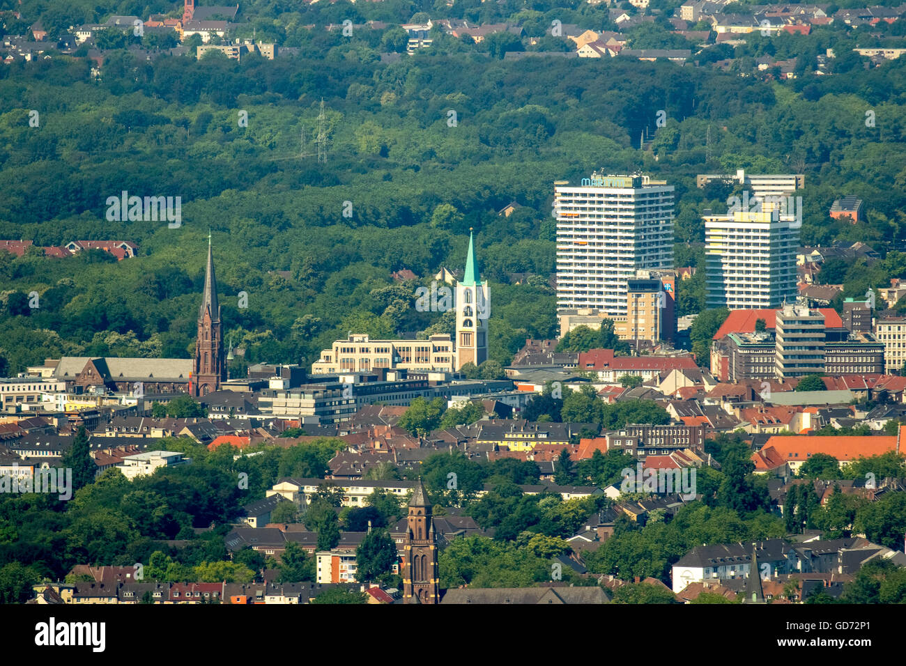 Aerial view, telephoto view of downtown Gelsenkirchen Maritim Hotel, view from Bismarck downtown, town garden residence, - Stock Image