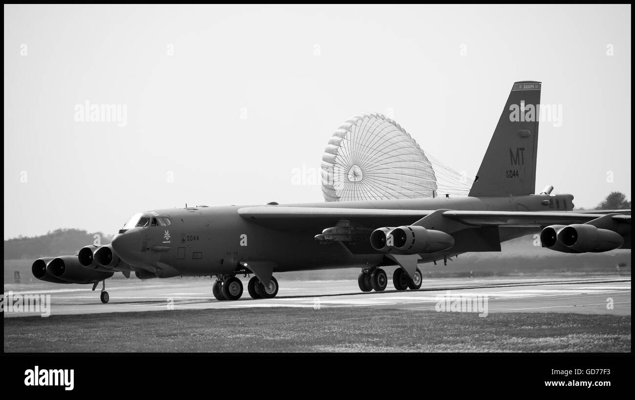 B52H lands at RAF Fairford, Gloucestershire at the start of an exercise deployment, June 2016. - Stock Image