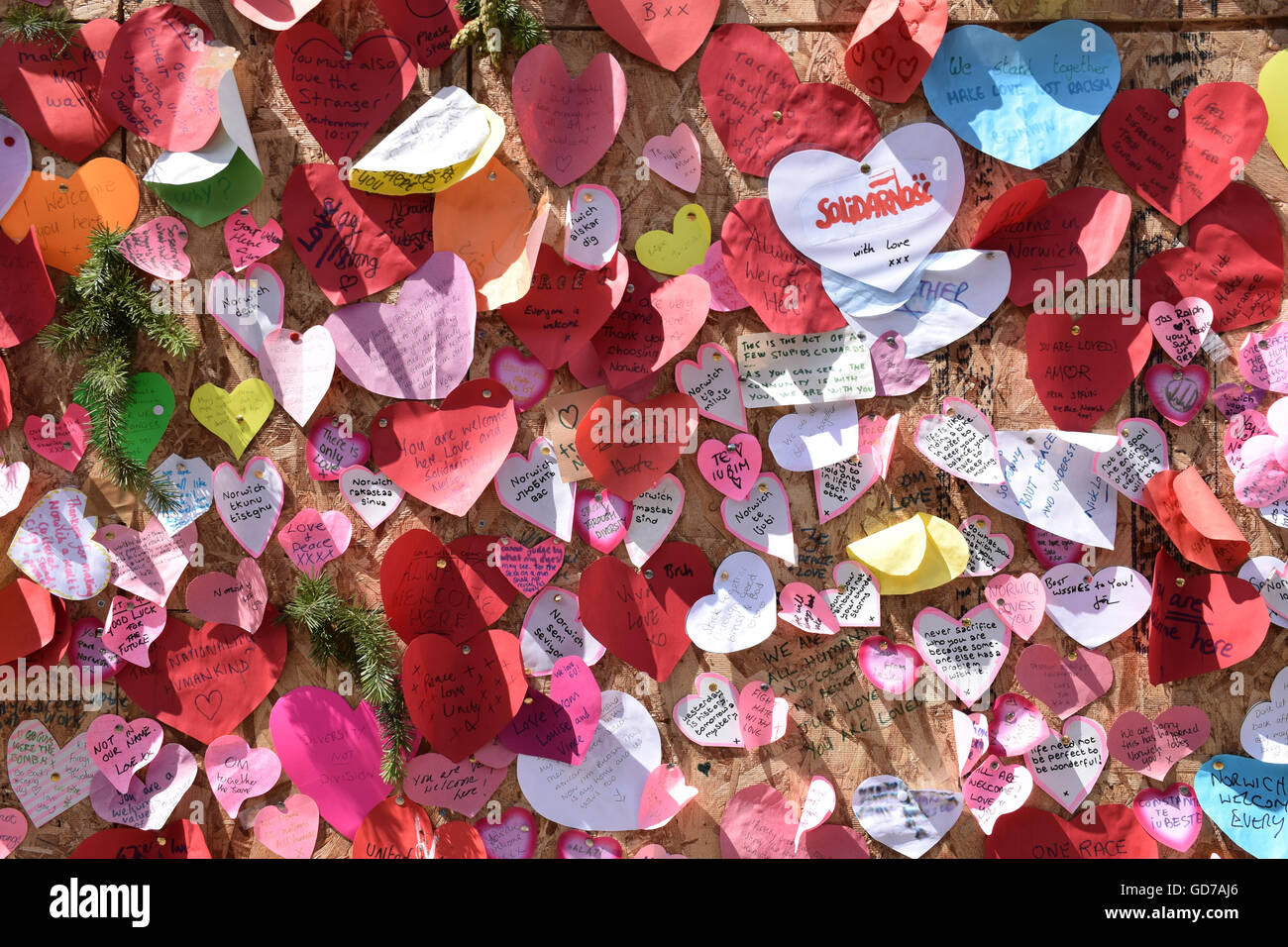Messages of support following arson attack on The Village Shop, Romanian foodstore in Norwich, UK July 2016 - Stock Image