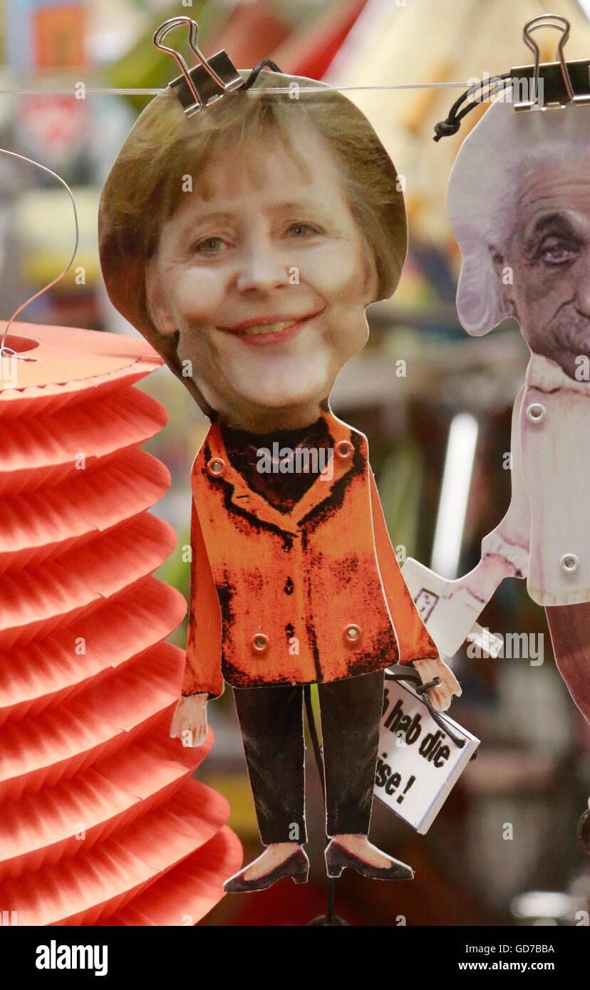 BKin Angela Merkel - Marionette, Juni 2016, Berlin. - Stock Image