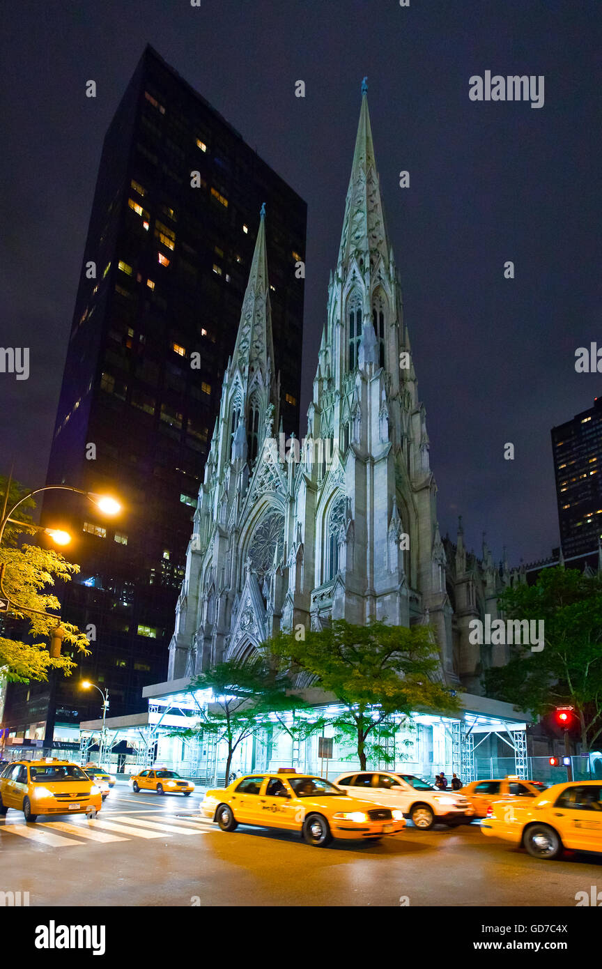 U.S.A., New York,Manhattan,5th avenue,the St.Patrick cathedral Stock Photo