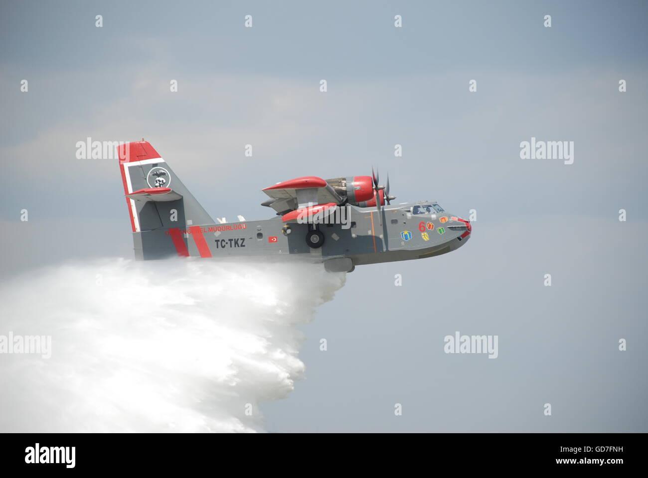 Aircraft Fire Stock Photos & Aircraft Fire Stock Images - Alamy