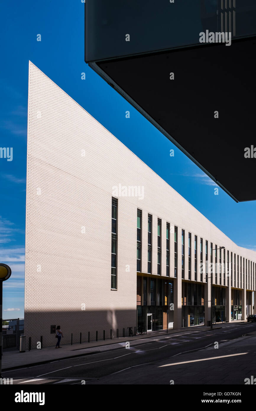 Sir Ludwig Guttmann medical centre, Stratford, London, England, U.K. - Stock Image