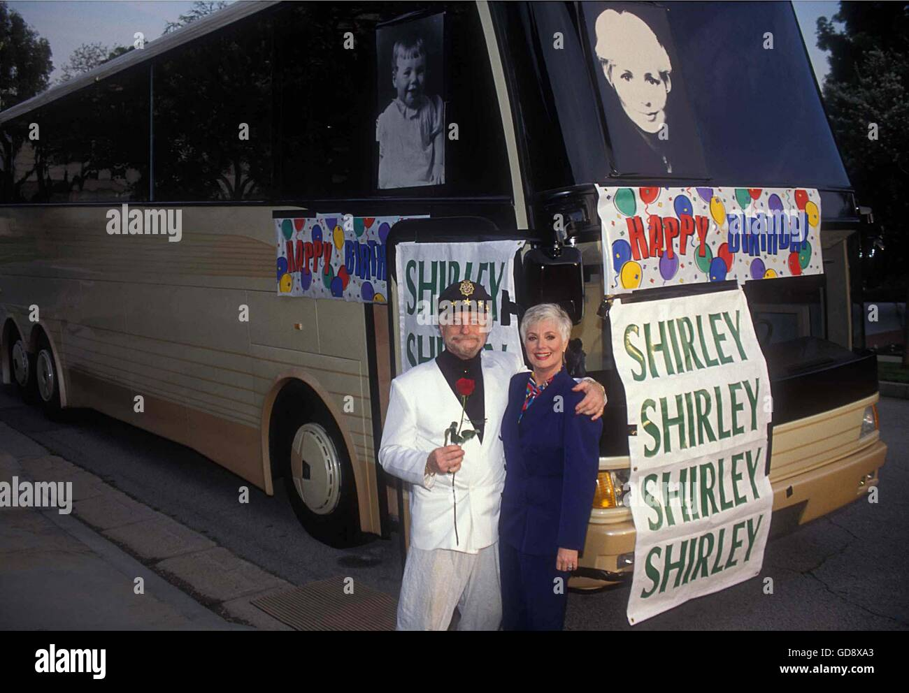 July 11, 2006 - SHIRLEY JONES WITH MARTY INGELS AT THEIR HOME, BEVERLY HILLS WITH .000.000.00 CUSTOM MADE BUS FOR - Stock Image