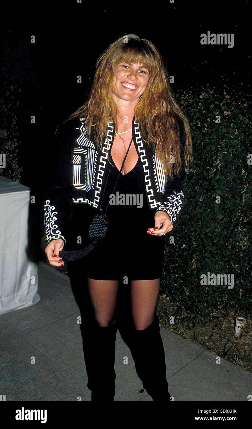 Watch Tawny Kitaen video