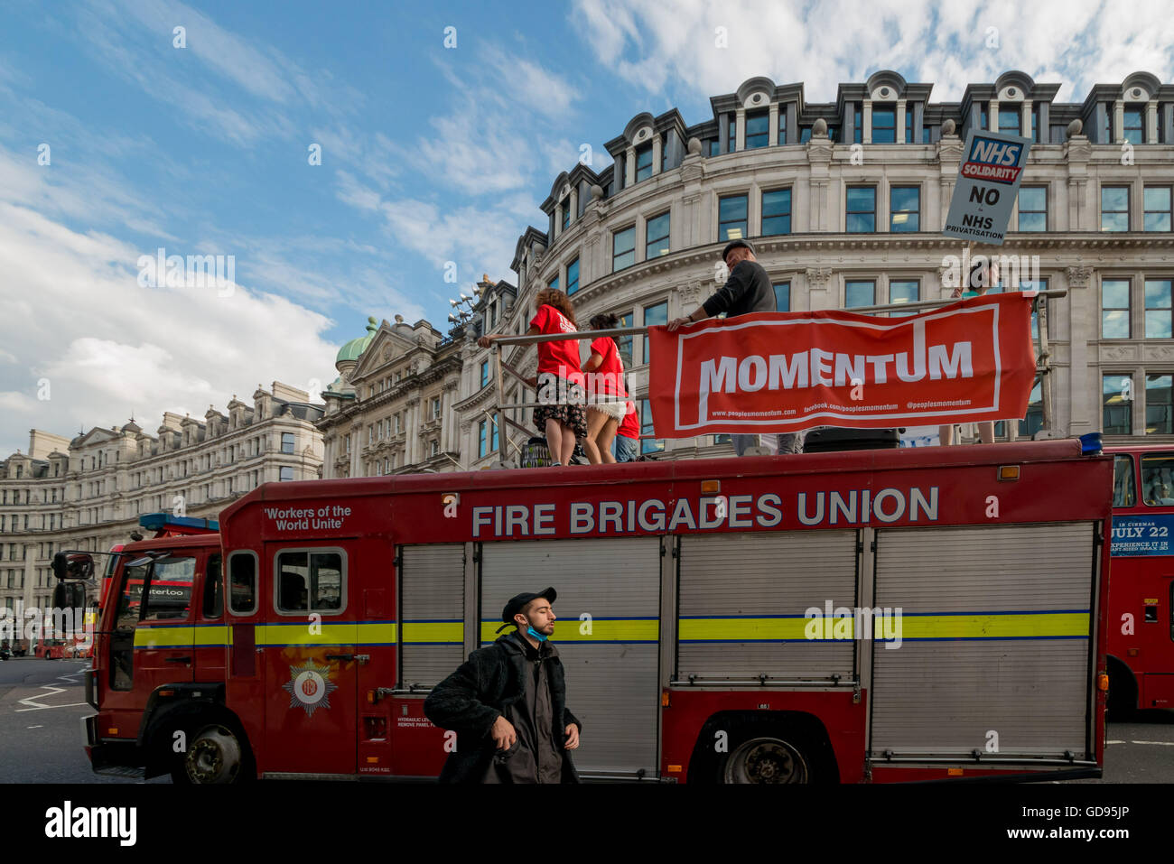 London, UK. 14th July, 2016. NHS Solidarity campaign organised protest this afternoon opposing cuts and attempts - Stock Image