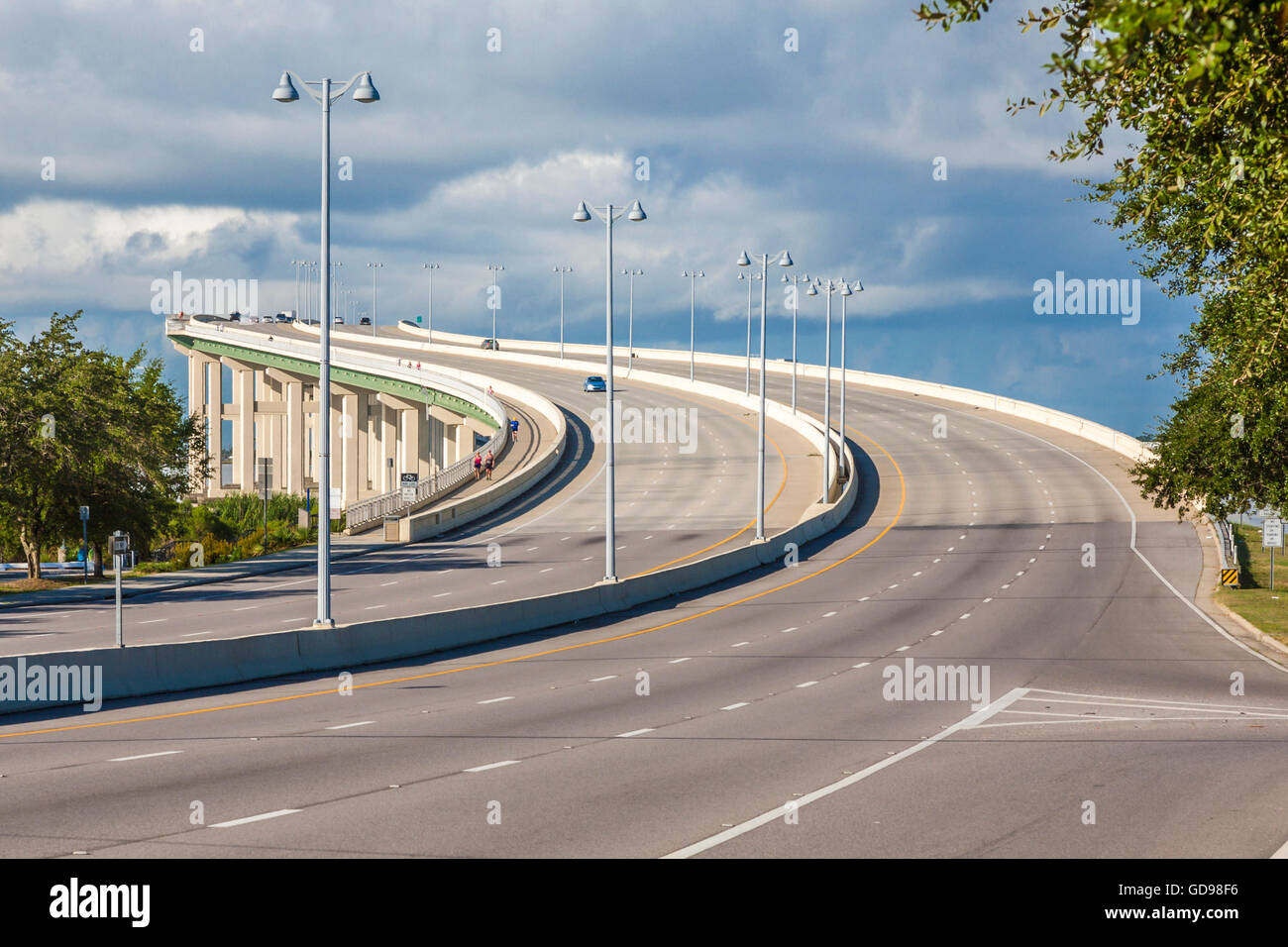 Shopping In Biloxi Ms >> Tall, curved Highway 90 bridge from Biloxi to Ocean ...