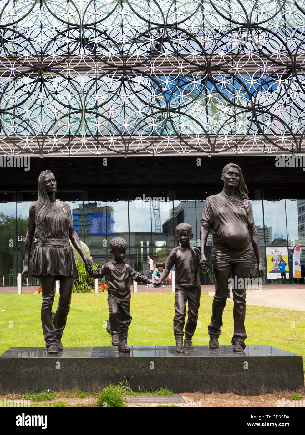A Real Birmingham Family Sculpture by Gillian Wearing in Centenary Square Birmingham West Midlands England - Stock Image
