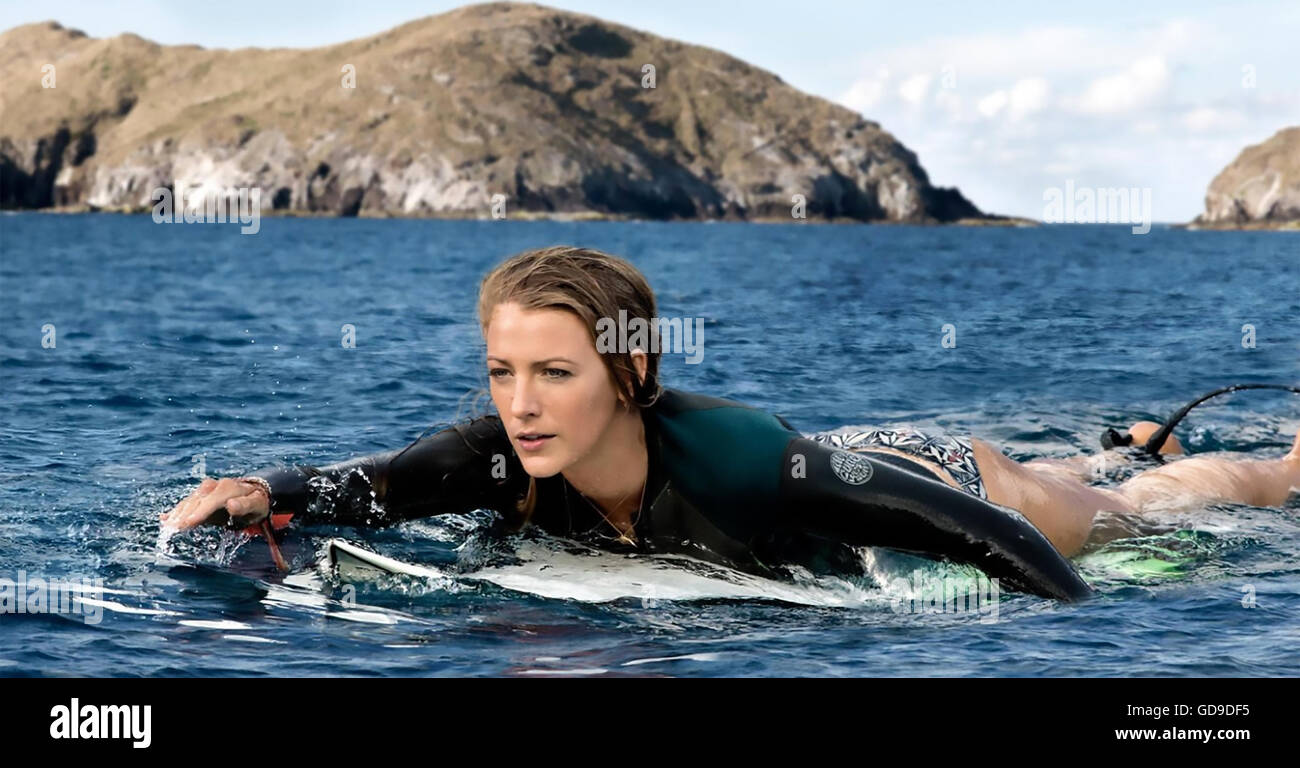 THE SHALLOWS 2016 Columbia Pictures film with Blake Lively Stock Photo