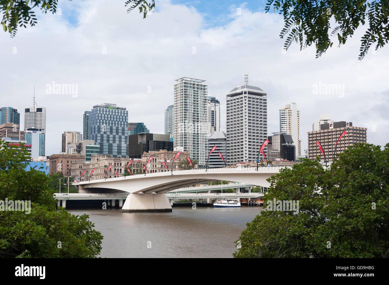 Central Business District across Victoria Bridge, Brisbane City, Brisbane, Queensland, Australia - Stock Image