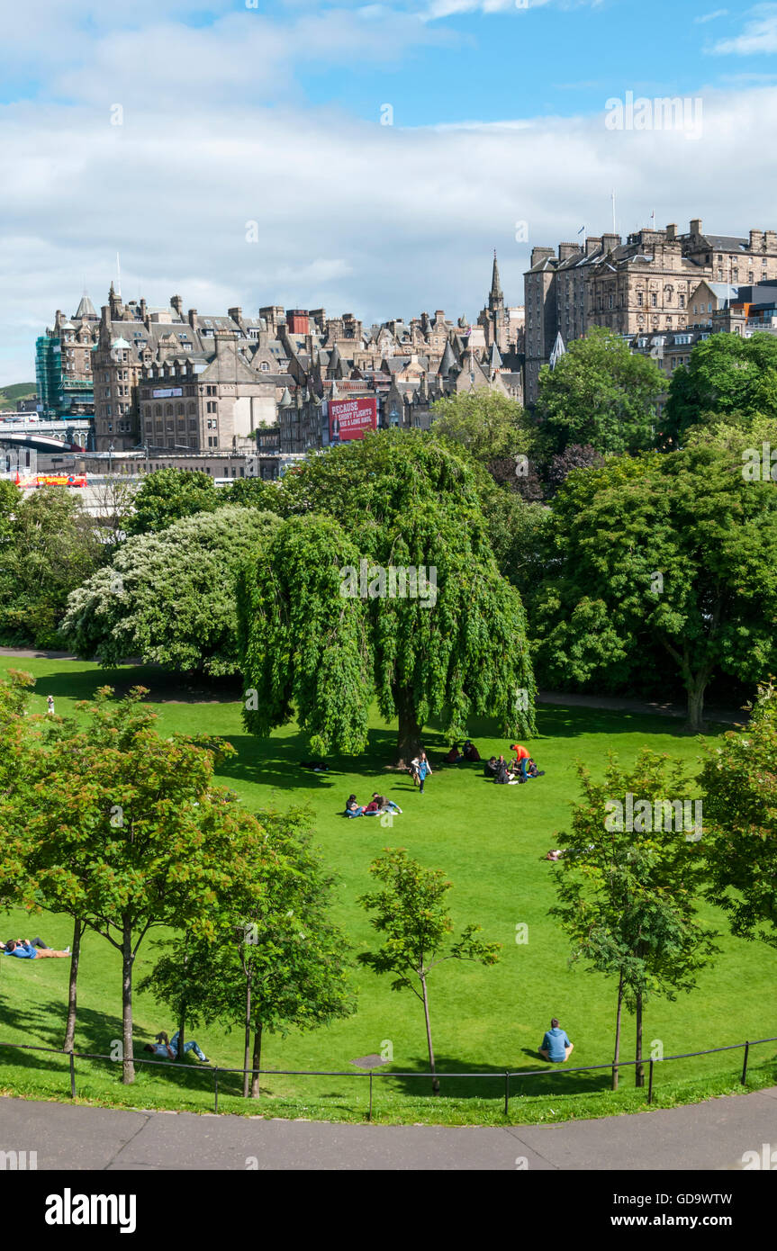 East Princes Street Gardens in Edinburgh, Scotland. - Stock Image