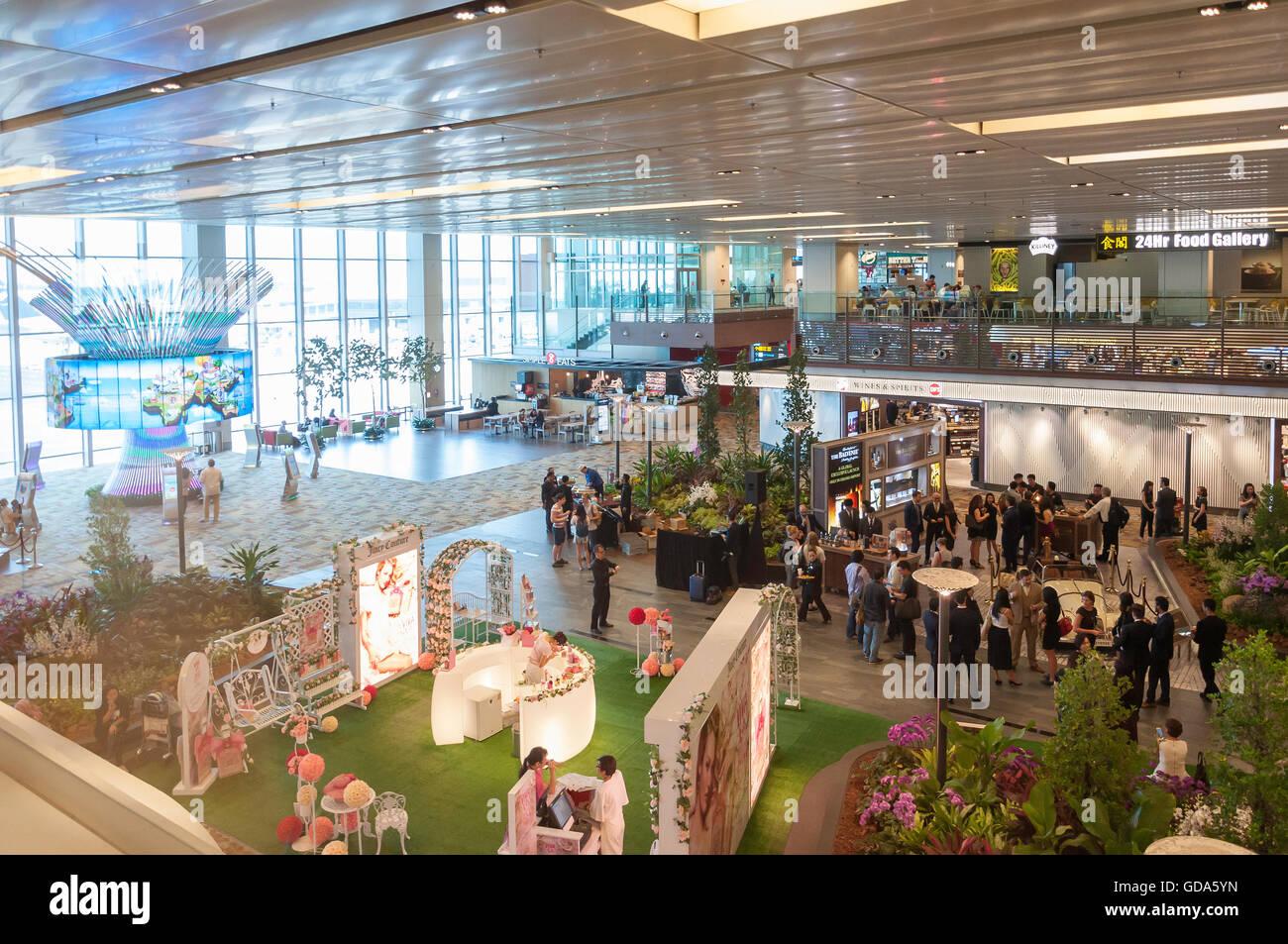 Transit Hall in Terminal 1, Singapore Changi Airport, Changi, Singapore Island, Singapore - Stock Image