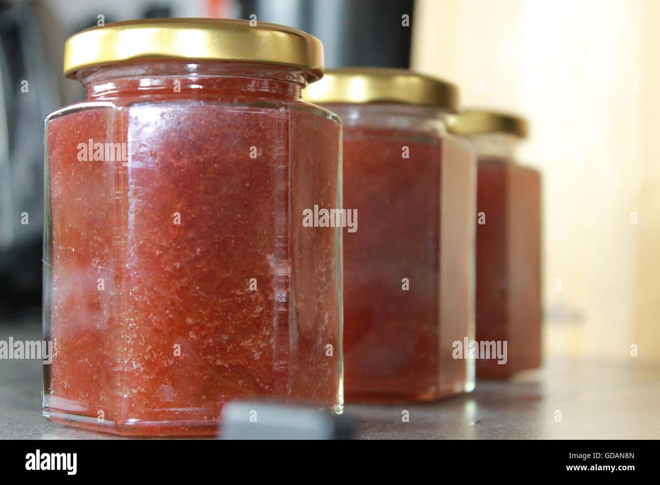 how to make rhubarb jam without pectin