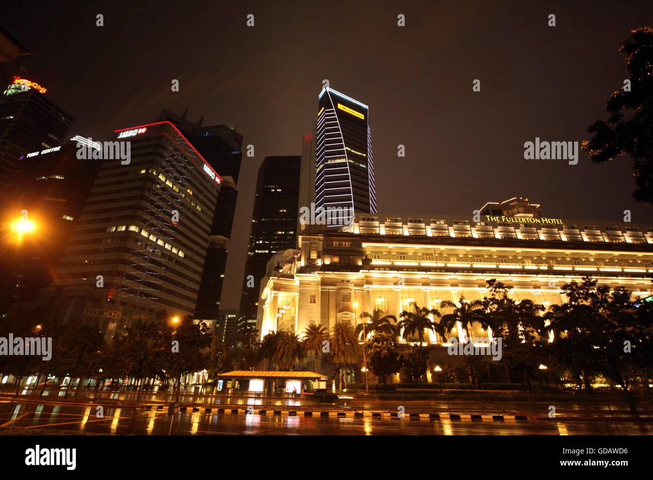 Asien, Suedost, Singapur, Insel, Staat, Stadt, City, Skyline, Zentrum, Fullerton Hotel,  Nacht Stock Photo