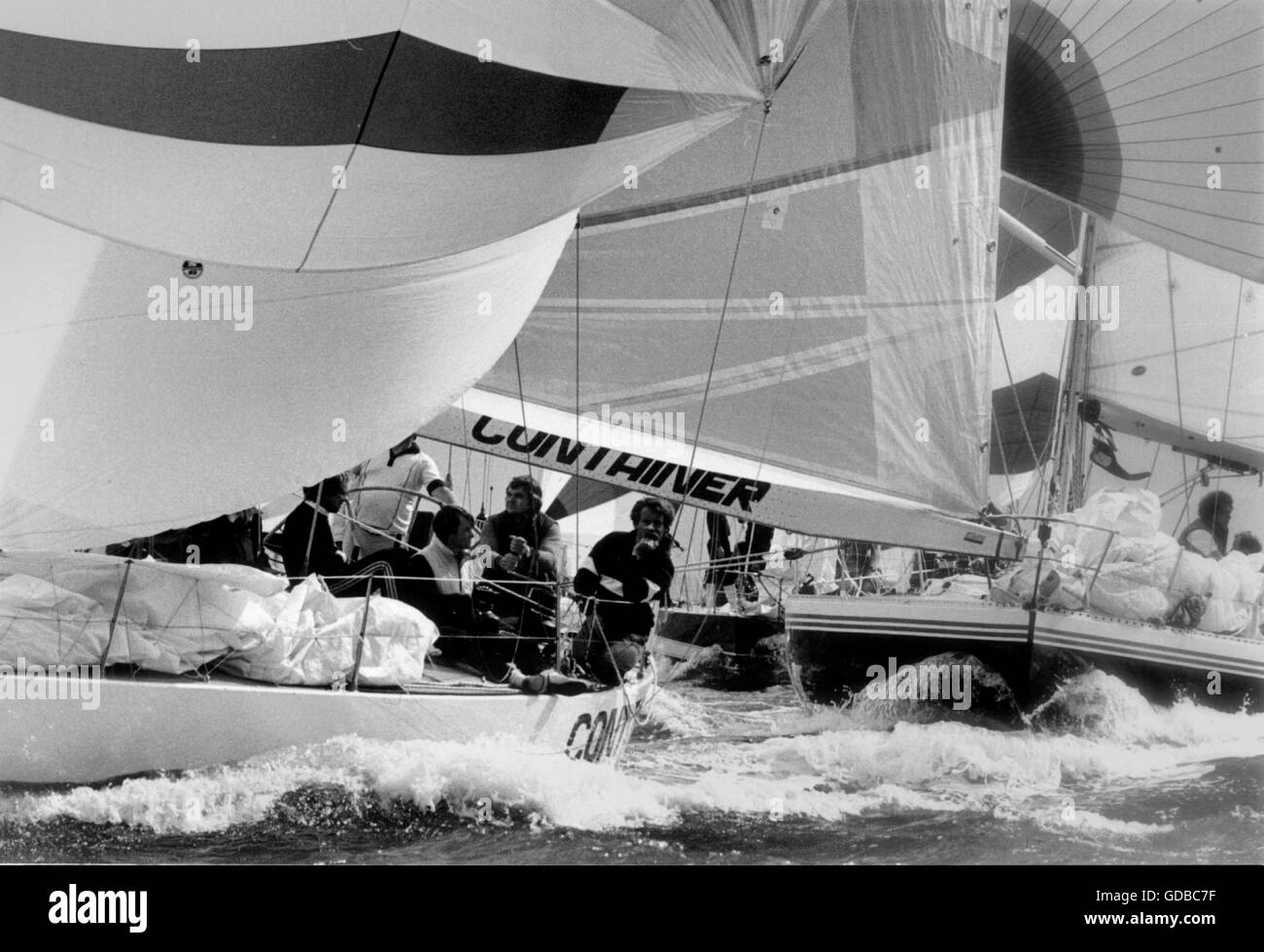 AJAX NEWS PHOTOS; 1983. COWES, ENGLAND. - ADMIRAL'S CUP YACHTS CONTAINER (GER) AND BLACK TOPIC (GB) START THE - Stock Image