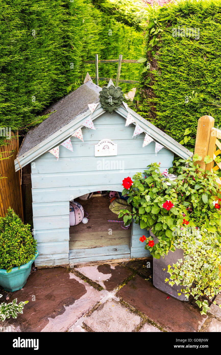 Dog Kennel Wooden Pet Home Garden Homes For Dogs Outside Living Animals Pets