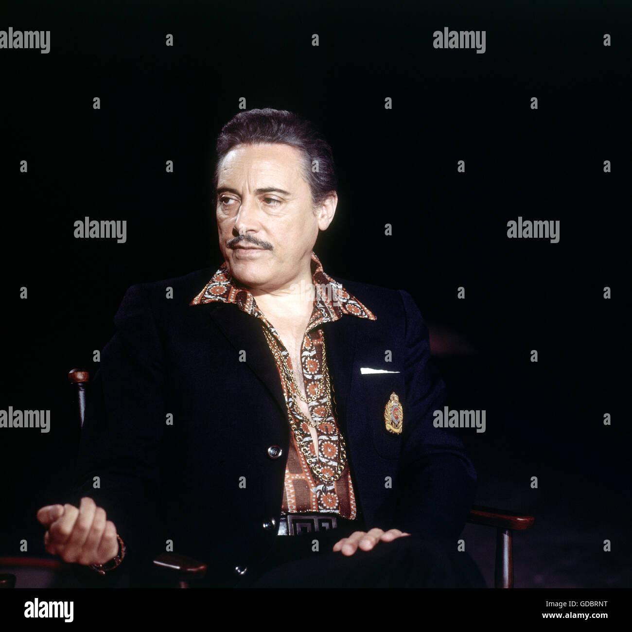 Monaco, Mario del, 27.7.1915 - 16.10.1982, Italian singer (tenor), half length, at rehearsal for ARD television - Stock Image