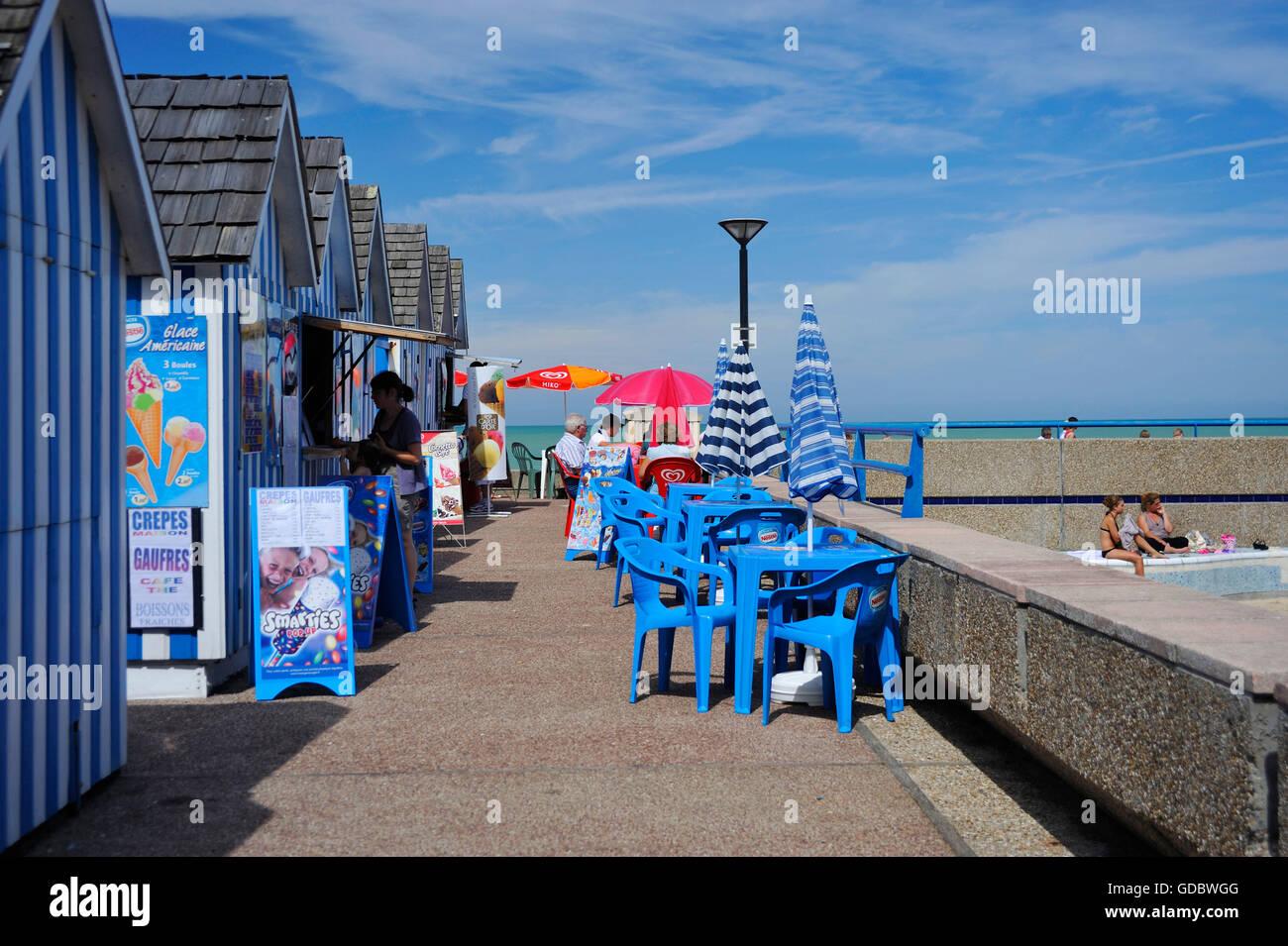 Beach, Kiosk, St-Valery-en-Caux, Normandy, France - Stock Image