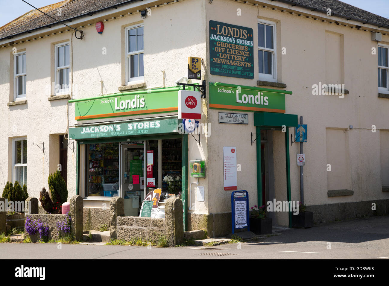 Londis chain village shop, St Buryan, Cornwall, England, UK - Stock Image