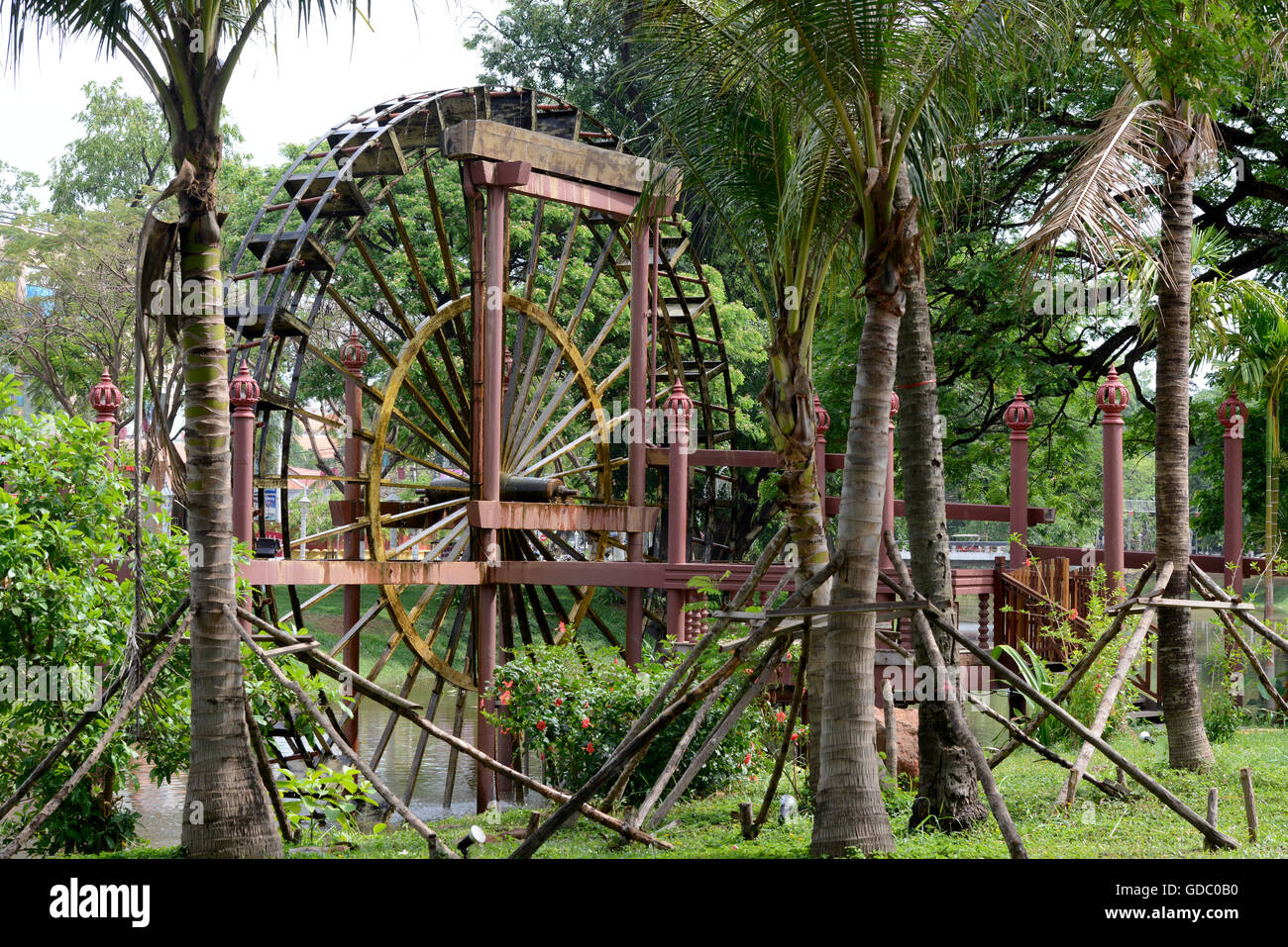 The old water mill in the City centre of Siem Riep neat the Ankro Wat Temples in the west of Cambodia. - Stock Image