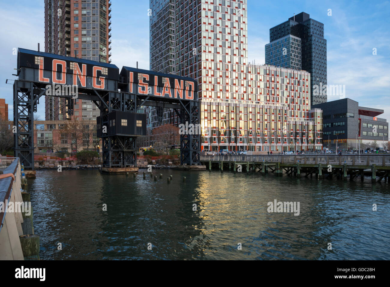 USA,New York,Long Island City,Queens,Gantry Plaza State Park - Stock Image